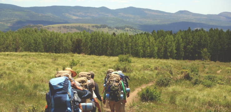 8 benefits of team-building trips